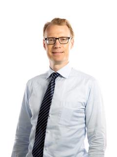 Dr Franc Henze